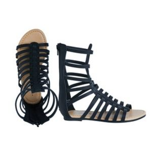 Fabkids Tall Gladiator Sandals (Size: 2)